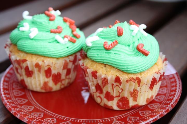 cupcakes de vainilla decorados de Navidad